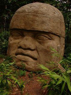 Olmec - Colossal Head - Basalt -  What craftsmanship!