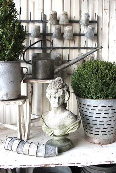 What is Brocante & Why is it Popular? - Vintage American Home French Cottage, French Farmhouse, Industrial Farmhouse, Country French, Country Farmhouse, French Decor, French Country Decorating, Statues, Pot Plante