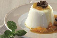 Ο Στέλιος Παρλιάρος δημιουργεί step by step πανακότα με γιαούρτι που θα ομορφύνει το τραπέζι σας δεν θα βαρύνει και θα ζητάτε και άλλοοοο! (βίντεο)   eirinika.gr Greek Desserts, Panna Cotta, Gluten Free, Sweets, Cookies, Cake, Ethnic Recipes, Food, Kitchens