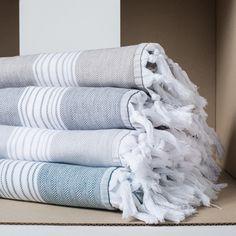 Fouta éponge double face coton (3 couleurs) Chevron Harmony Turkish Cotton Towels, Textiles, Textile Texture, Lifestyle Store, Table Linens, Tea Towels, Beach Towel, Household, Weaving