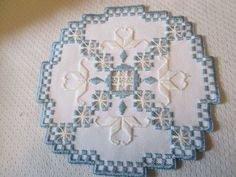 Hardanger+Norwegian+Embroidery+Doily+Antique+White+with+White+and+Blue+