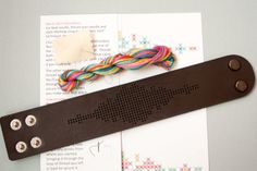 DIY cruz puntada Kit cuero brazalete puerta roja por fabricsupply