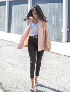 skinny jeans with pastel vest