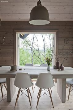 the desk of: — theory of place Log Home Interiors, Wood Interiors, Dining Room Paint Colors, Dining Room Table Centerpieces, Small Space Interior Design, Contemporary Cottage, Weekend House, Corner House, Ceiling Design