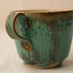 Mug emerald green #myownglazerecipe #amazingcolours #stoneware #slowlife #wheelthrown #handmadebarcelona #doingwhatilove