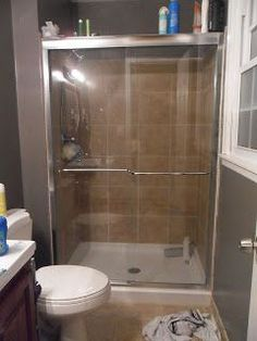 Trying this! Clean shower doors with lemon dusting spray. No more squeegee!