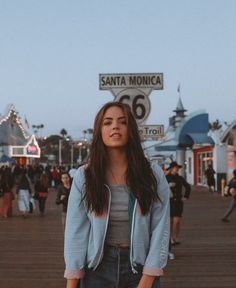 a walk around the santa monica pier with some frands ; Santa Monica, Tmblr Girl, Cute Pictures, Cool Photos, Photo Voyage, Portrait Photography, Model, Claudia Sulewski, Summer