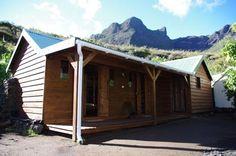 La Miellerie de Marla - Est située dans le Cirque de Mafate, coeur habité du Parc National de La Réunion, l'îlet de Marla est le plus haut de Mafate.