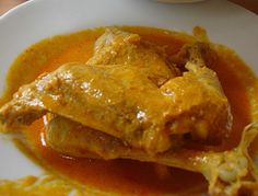 Resep Ayam Kalio Padang Curry Recipes, Fish Recipes, Asian Recipes, Appetizer Recipes, Chicken Recipes, Mie Goreng, Indonesian Cuisine, Indonesian Recipes, Kari Ayam