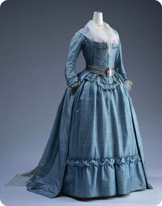 Blue Silk 1790's Dress - Kyoto Institute.  I am thinking of copying this one as I have some silk that looks just like this, only it has embroidery too!