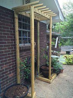 Impressive DIY Trellis Design Ideas For Your Garden – Design & Decorating Cheap Pergola, Outdoor Pergola, Diy Pergola, Backyard Patio, Pergola Kits, Backyard Ideas, Sloped Backyard, Desert Backyard, Modern Backyard