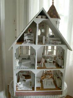 Shabby Chic dollhouse