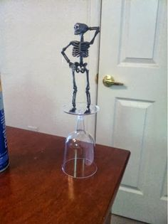 trophy for a halloween couple | ... skeleton costume contest trophies www.thebrighterwriter.blogspot.com