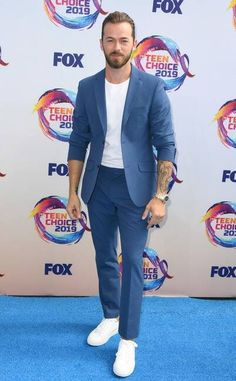 Teen Choice Awards 2019 Red Carpet Fashion: See the Stars' Looks Michelle Richard, Adam Cohen, Artem Chigvintsev, Sky Brown, Hayden Summerall, John Stamos, Candace Cameron Bure, Teen Choice Awards, Joe Jonas