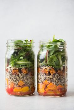 Mason Jar Salad with Red Curry Tofu, Quinoa and Butternut Squash - easy #vegan meal prep, #glutenfree recipe, #healthyeating #ad