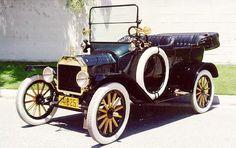 O primeiro carro a ser produzido em série.