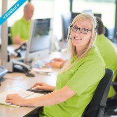 Ons professionele team van orderbegeleiders zoekt versterking! Ben jij communicatief sterk, stressbestendig en gedreven? Dan zijn wij op zoek naar jou! Je werkzaamheden bestaan voornamelijk uit het beantwoorden van diverse klantvragen via de telefoon en de chat en het maken van de scherpste offertes. Loop je ook altijd net een stapje harder voor de klant? Stuur dan je sollicitatie naar wouter@reclameland.nl.