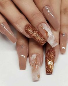 49 Best Glitter Nail Art Ideas For Glam Looks Summer Acrylic Nails, Cute Acrylic Nails, Glitter Nail Art, Spring Nails, Summer Nails, Glitter Nail Designs, Brown Acrylic Nails, Marble Acrylic Nails, Brown Nail Art