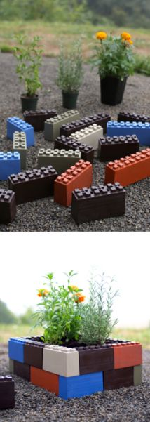 Make awesome, customizable garden designs. Its like Legos for adults!