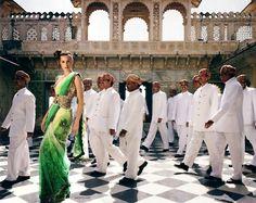Belts on saris! green sari with gold belt - divine