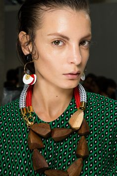 Marni Spring 2015 Ready-to-Wear - Collection - Gallery - Look 1 - Style.com