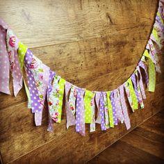 dekorációs füzér lila zöld Napkin Folding, Tie Dye, Decoration, Creative, Holiday, Wedding, Vintage, Lilac, Paper Board