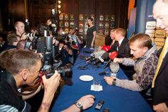 BR at press conference Brendan Rodgers, Poker Table, Conference