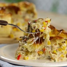 Deep Dish Pulled Pork Pie With cheesy veggies, tender pork and a flaky crust, this baked dish is the ultimate savory pie. Pork Pie Recipe, Quiche, Shepherds Pie Recipe Pioneer Woman, Pie Recipes, Cooking Recipes, Catering, Food Porn, Greenbean Casserole Recipe, Pork Dishes