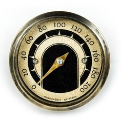 The Motogadget MST Vintage Gauge is a small, analogue speedometer with a brass bezel in an appealing 'old school' vintage look. Motor Cafe Racer, Mini Magnets, Motos Harley Davidson, Classic Car Show, Bmw Classic, Motorcycle Parts, Bike Parts, Classic Motorcycle, Stepper Motor