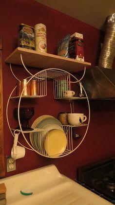 plant stand = dish rack