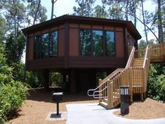 Someday I want to stay in the treehouse villas in Disney World :)