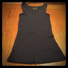Navy blue tank top from Old Navy Navy blue tank top from Old Navy (haha puns). Still in good condition. Old Navy Tops Tank Tops