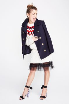 """Yesterday, J.Crew unveiled their fall 2017 ready-to-wear collection in New York. In a refreshing twist, the usual models were replaced with """"real"""" people J.Crew admires, from instagram stars to Savannah-based decorator Sara Ruffin Costello. Below, find some of my favorite looks from the presentation. If you're looking to stock up for spring, J.Crew is currently offering … Fall Fashion Outfits, Fall Winter Outfits, Fashion Week, Fashion 2017, New York Fashion, Autumn Winter Fashion, Fashion Tips, Fashion Trends, Preppy Outfits"""