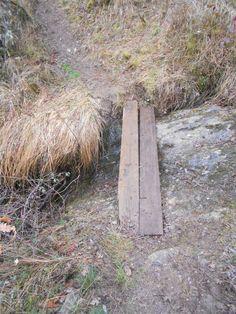 Puente de tablones sobre el río Riaza. Aquí cerca de Riofrío de Riaza, apenas es un arroyo.