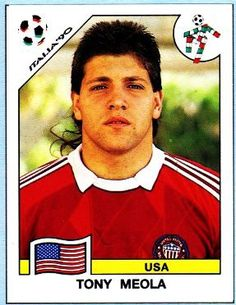 Tony Meola, goleiro dos Estados Unidos. Figurinha da Copa do Mundo da Itália em 1990.