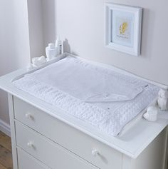 The Clair de Lune Luxury Marshmallow Changing Mat - White is perfect for late night nappy changes as it is super soft, comfortable and absorbent. Changing Table Top, Changing Unit, Baby Changing Mat, Pink Marshmallows, Baby Comforter, Nursery Design, Just In Case, Luxury, Furniture