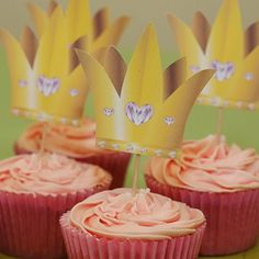 Wizard of Oz Party Ideas Glinda the Good Cupcakes. Printable PDF available for crowns http://www.partyideasuk.co.uk/library/party-themes/wizard-of-oz-party-ideas/witches-hat-toppers.aspx
