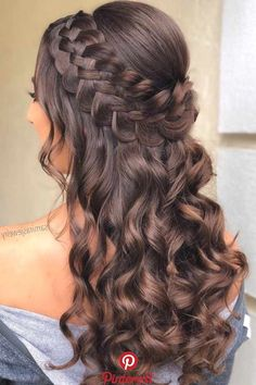 18 Happy Holidays Half Up Hairstyles for Long Hair - # Vacation # Hairstyles # for . styles for quinceanera 18 Happy Holidays Half Up Hairstyles for Long Hair - # Vacation # Hairstyles # for . Quince Hairstyles, Holiday Hairstyles, Up Hairstyles, Hairstyles For Sweet 16, Braid And Curls Hairstyles, Pretty Hairstyles, Braids For Long Hair, Wavy Hair, Prom Hairstyles For Long Hair Half Up