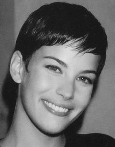 short haired Liv Tyler =]
