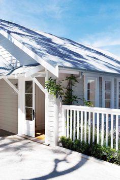 10 weatherboard house colours - Katrina Chambers   Lifestyle Blogger   Interior Design Blogger Australia