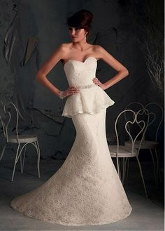 ELEGANT LACE SATIN MERMAID TRUMPET SWEETHEART NECKLINE WEDDING DRESS WITH BEADINGS