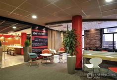 IBIS LILLE CENTRE GARES  Property Location Located in Lille Ibis Lille Centre Gares is minutes from L'Aeronef and Zenith Arena Concert Hall. This hotel is within close proximity of Casino Barriere Lille and Old Stock Exchange.Rooms Make yourself at home in one of  EUR 47.08  Meer informatie  #vakantie http://vakantienaar.eu - http://facebook.com/vakantienaar.eu - https://start.me/p/VRobeo/vakantie-pagina