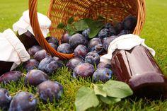 Výborná bezpracná švestková povidla Blueberry, Stuffed Mushrooms, Fruit, Vegetables, Food, Stuff Mushrooms, Berry, Essen, Vegetable Recipes