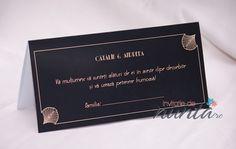 Plic de bani elegant, cu fundal negru si chenar crem cu pene stilizate Marele Gatsby burlesque.