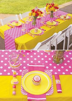 Sweet Summertime Pink Lemonade Birthday Party A Lemonade Birthday Party with lemon wedge cake pops, mason jar cupcakes, daffodils & carnations, gummy lemon candy skewers + gingham, polka dots & stripes Sunshine Birthday Parties, First Birthday Parties, First Birthdays, Birthday Ideas, Birthday Table, Birthday Party Table Decorations, Party Tables, 4th Birthday, Wiggles Birthday