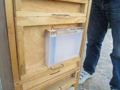 Универсальная поилка кормушка для пчёл Миленина Киев - изображение 1