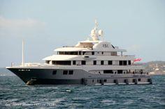 Baton Rouge | Fotos y videos de buques en Vigo: Super yate de lujo Baton Rouge