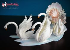 Sugar Swans and Seashell Carriage by Yeners Way - Cake Art Tutorials