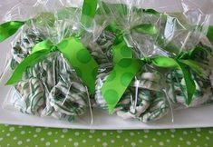 St. Patrick's Day Pretzels. W milk chocolate