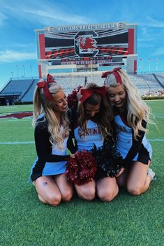 Gallery | kmackey | VSCO Cute Senior Pictures, Cheer Team Pictures, Sports Pictures, College Cheerleading, Cheerleading Pictures, Cheerleading Outfits, Cheer Picture Poses, Cheer Poses, Cheers Photo